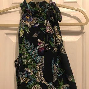 Tops - Sleeveless dress top